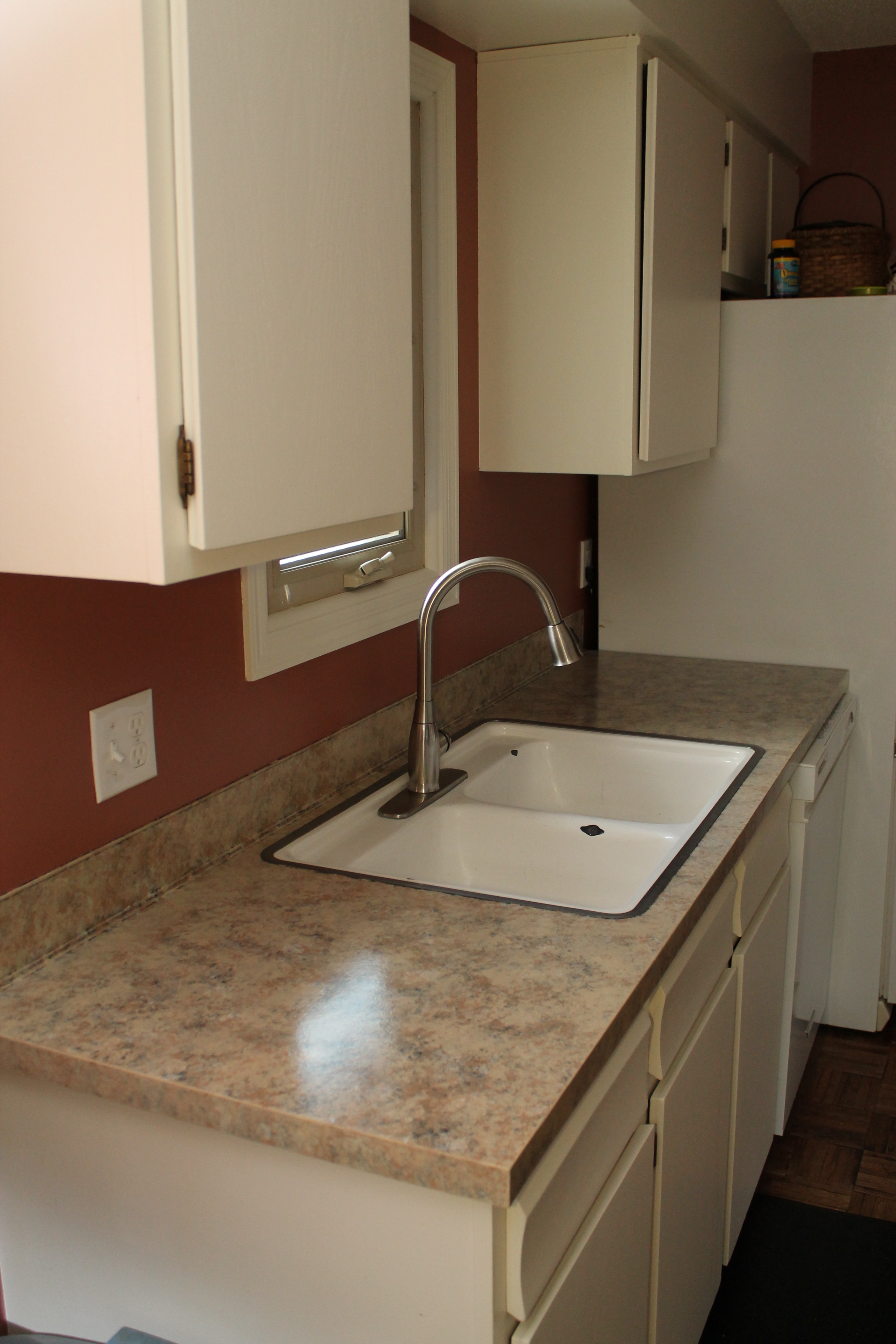 Countertop Paint Tutorial : Tutorial on Painting Kitchen Countertops - Country Style Accents